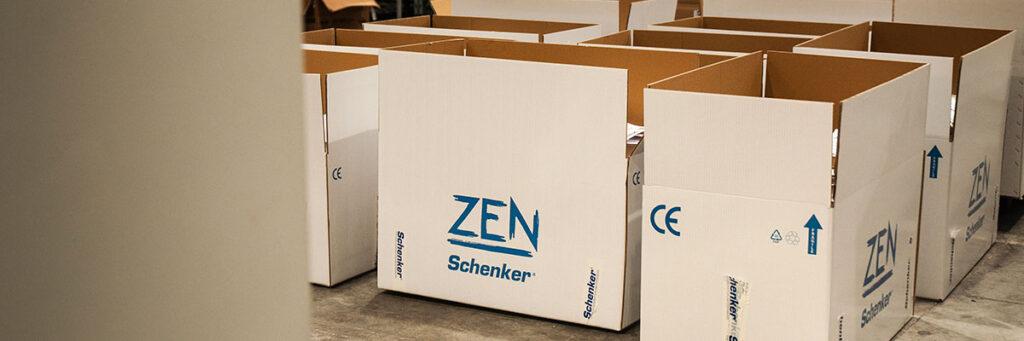 Dissalatori Schenker Zen inscatolati e pronti per la spedizione.