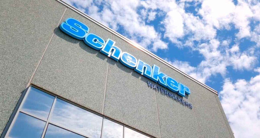 Stabilimento Schenker Watermakers a Napoli.